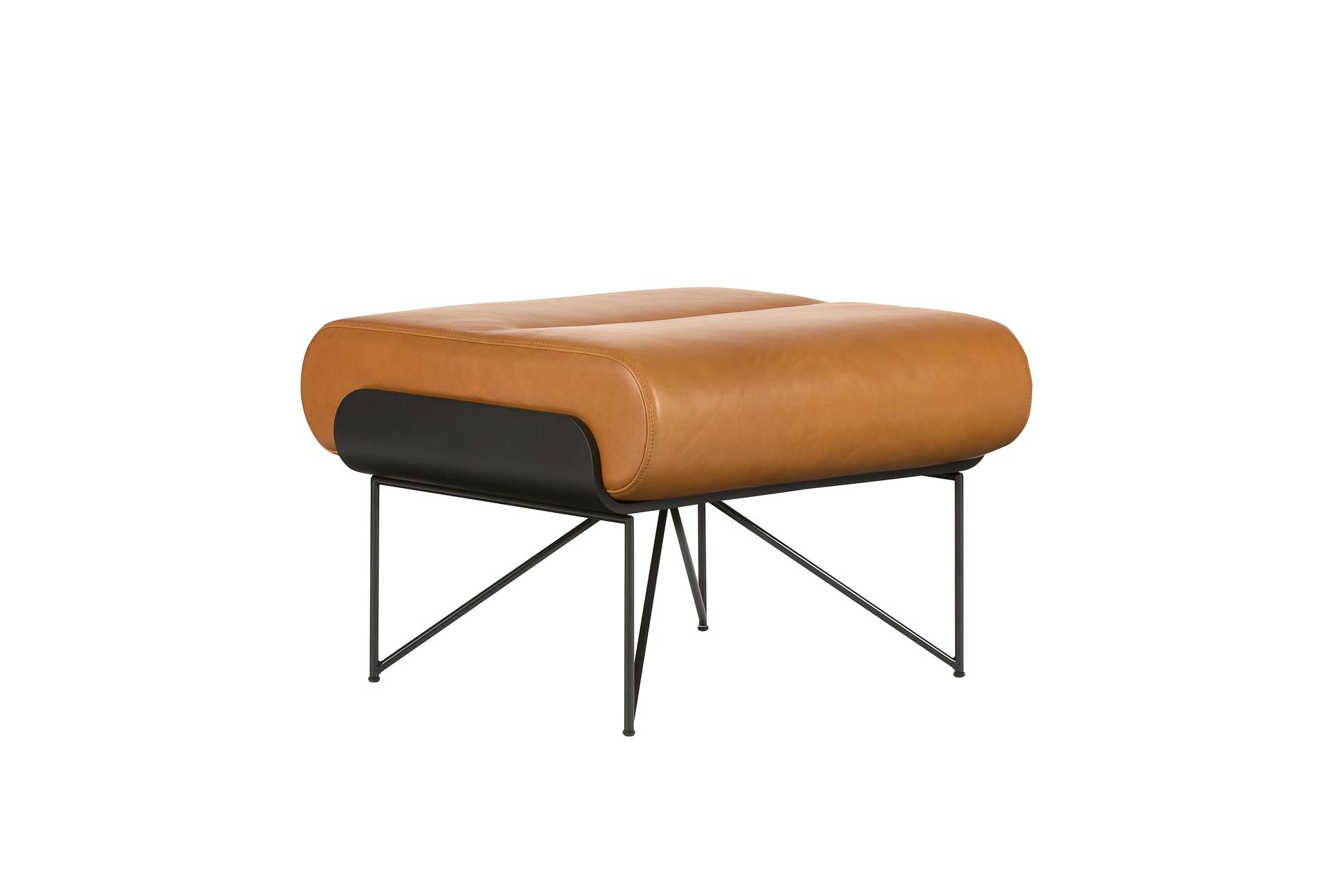 einen speziell fr den sessel ra 115 gefertigten ottomanen fertigen wir ihnen auf wunsch wir stimmen das material und die farben des hockers auf den - Bergroer Sessel Und Ottomane